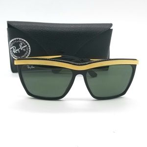 Ray-Ban Wayfarer Women's Sunglasses
